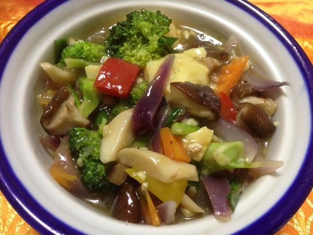 椎茸と野菜の蒸し煮