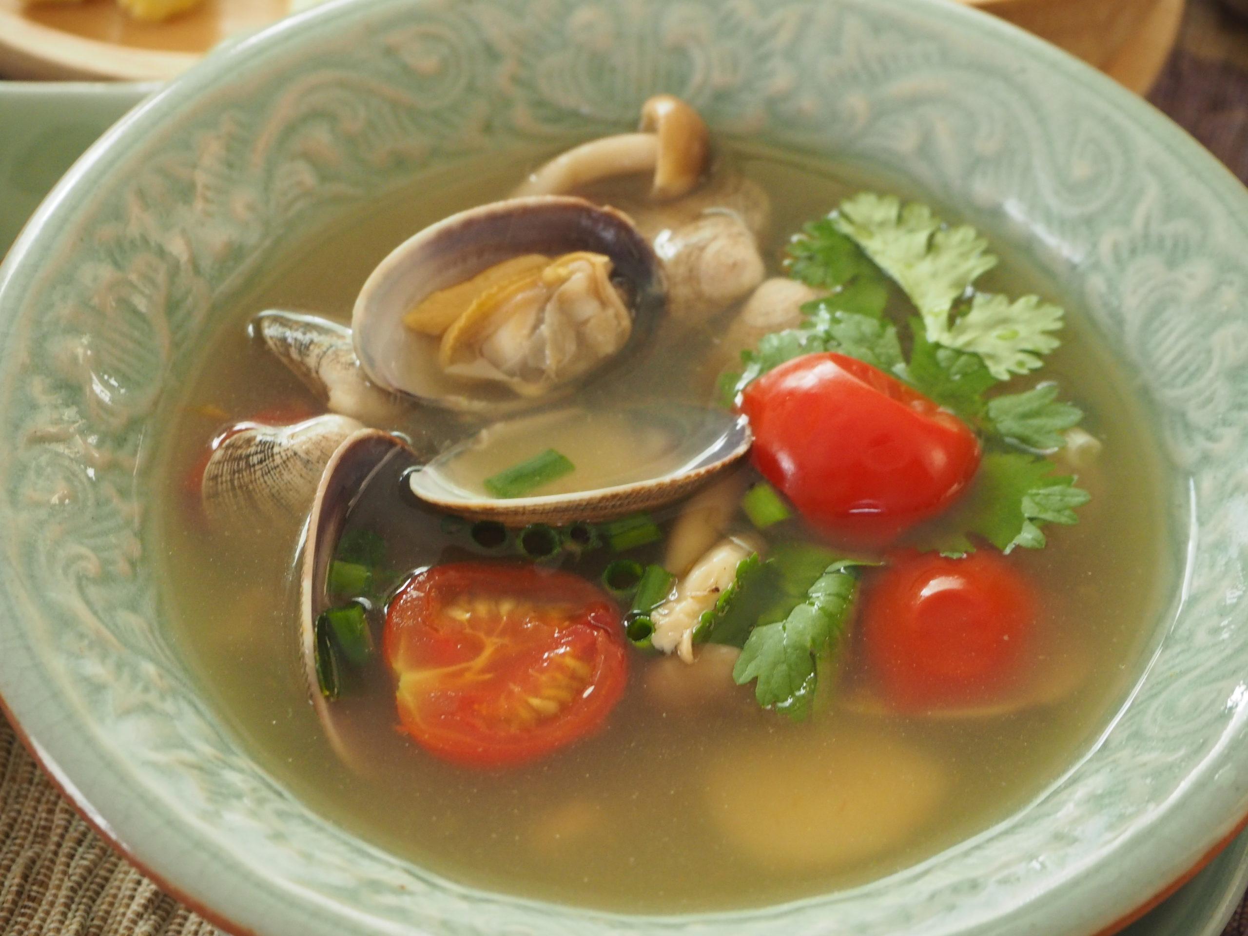 あさりのトムヤムスープ