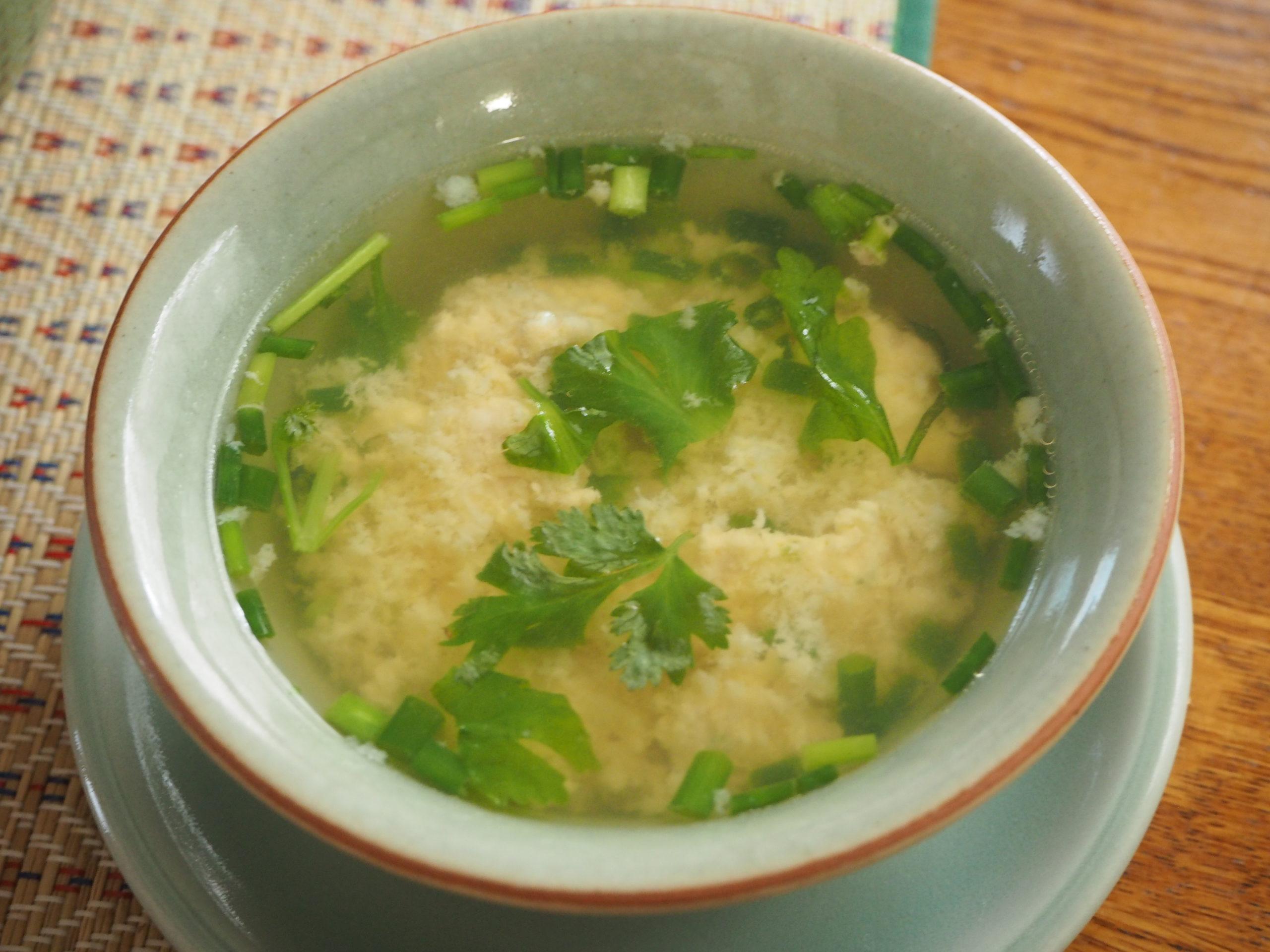 卵と肉団子のスープ